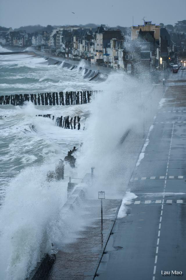 Saint-Malo, grande marée du 9 Février 2016. https://www.facebook.com/lau.mao.16?fref=photo