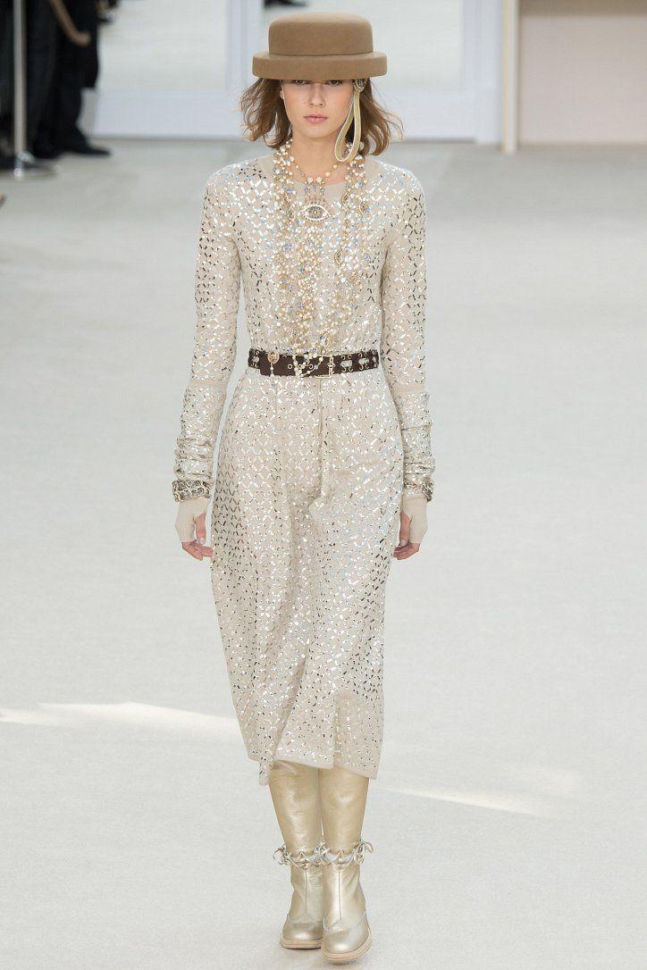 Chanel осень-зима 2016-2017 фото №76