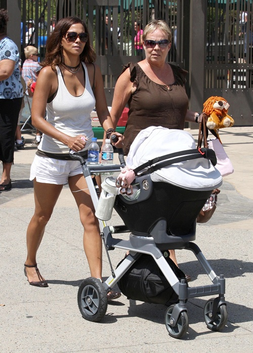 Find Out What Strollers Celebrity Moms Are Pushing