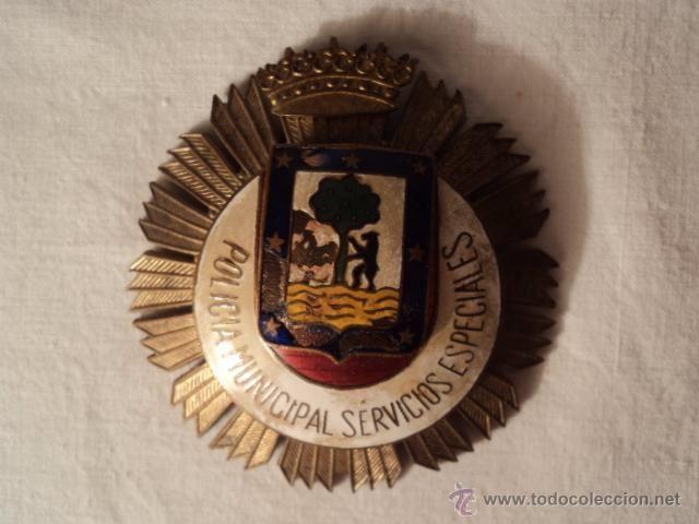 PLACA DE PECHO DE LA POLICIA MUNICIPAL DE MADRID , SERVICIOS ESPECIALES . EPOCA FRANCO .