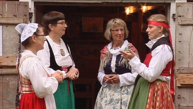 Finnish folk dresses from left to right: Häme, Härmä-Isokyrö (Etelä-Pohjanmaa), Jyväskylä (Keski-Suomi), Vanha Korpilahti. Photo by Yle / Anssi Lepikko.