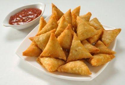 Welcome to Namita's Creative Kitchen: cheesy corn samosa