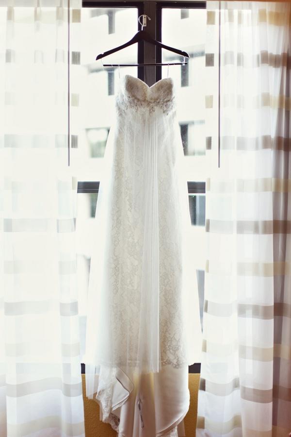 Vintage dress (Barefeet Photography)