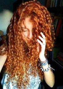 Receita: Creme de Pentear de Tapioca – Rotina capilar 100% caseira nº 05 – Cachos da Gi | por Giovanna Oaken | Red Ginger Curls Henna Natural Curly Hair