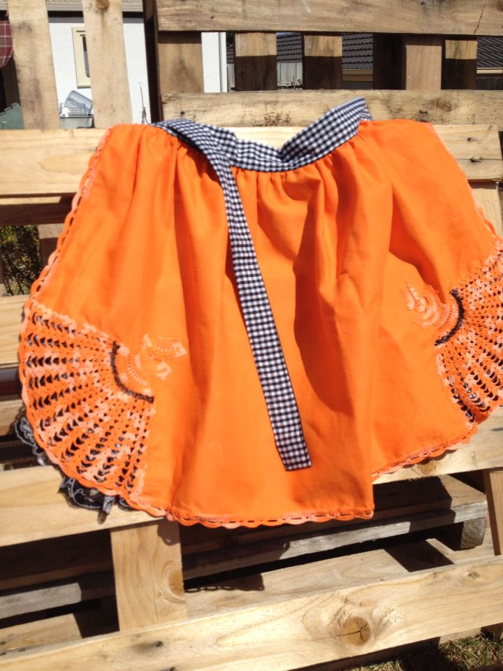 Gorgeous apron made from vintage tablecloth with crocheted Bo Peep corners and black lace under!