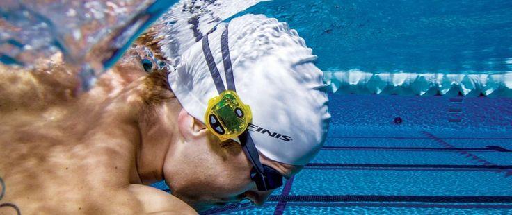 Comment choisir les meilleurs accessoires d'entraînement (3e partie) : natation // Réunissant les technologies GPS et de suivi du temps, les tout derniers accessoires de natation permettent aux champions en devenir d'améliorer leur vitesse, leur technique, leurs performances et de se fixer des objectifs de progression.