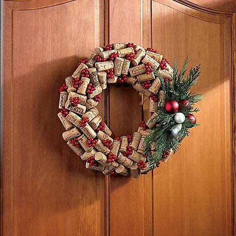Holiday Wine Cork Wreath - just like my every day one but with holiday flair!