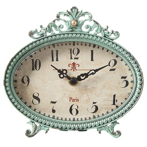Vintage Blue Clock, http://colomandbrit.com/decorate/Accessories/Desk-Top-Clock-in-Blue