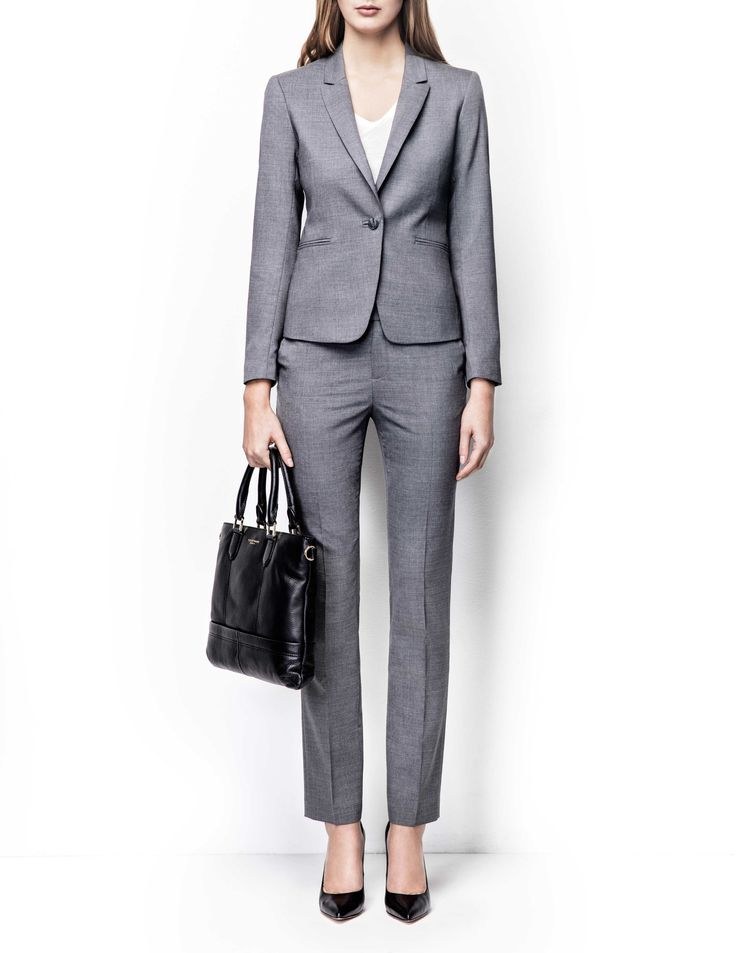 Olita blazer - Women's grey blazer in wool-stretch. Fully lined with two-button fastening. Features two front paspoil pockets. Semi-slim fit. For a complete suit look wear it with Macie trousers