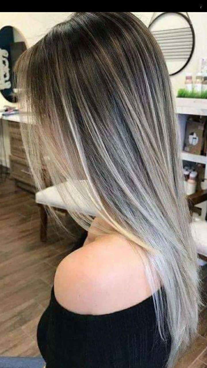 Color de cabello rubio cenizo intenzo