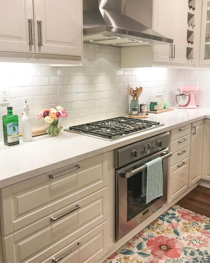 "223 Likes, 3 Comments - {1111 Light Lane} •Beth• (@1111lightlane) on Instagram: ""Friday night and the kitchen is officially clean ✨Ready to binge watch Big Little Lies - I'm…"""