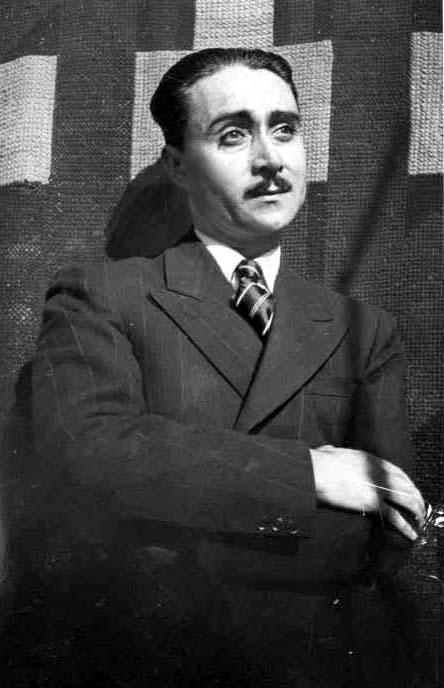 The poet, Oscar Castro, a Chilean poet. Máximo representante de la literatura rancaguina en el siglo XX. Escribió poesías, cartas y varias novelas de carácter local.