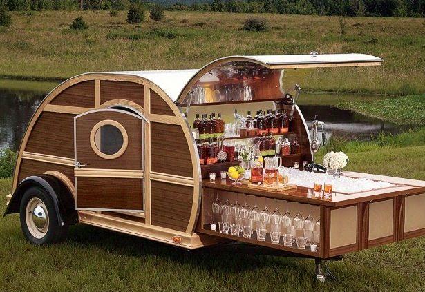 Luxury Tailgate Woody