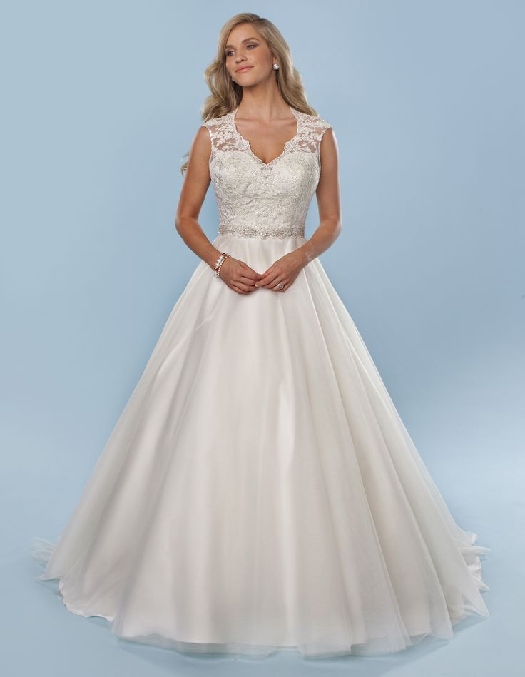 6831 | Romantic Bridals | Bridal Gowns and Prom Dresses |Toronto