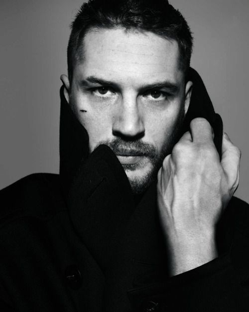 tomhardyvariations:Tom Hardy by Rankin (2011) via Elle Russia May 2015 | my scan