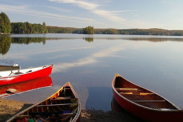 12 GREAT CANADIAN CANOE TRIPS - Algonquin Park canoeing