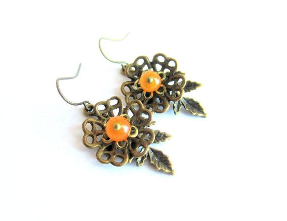 Flower earrings agate dangle earrings yellow by MalinaCapricciosa