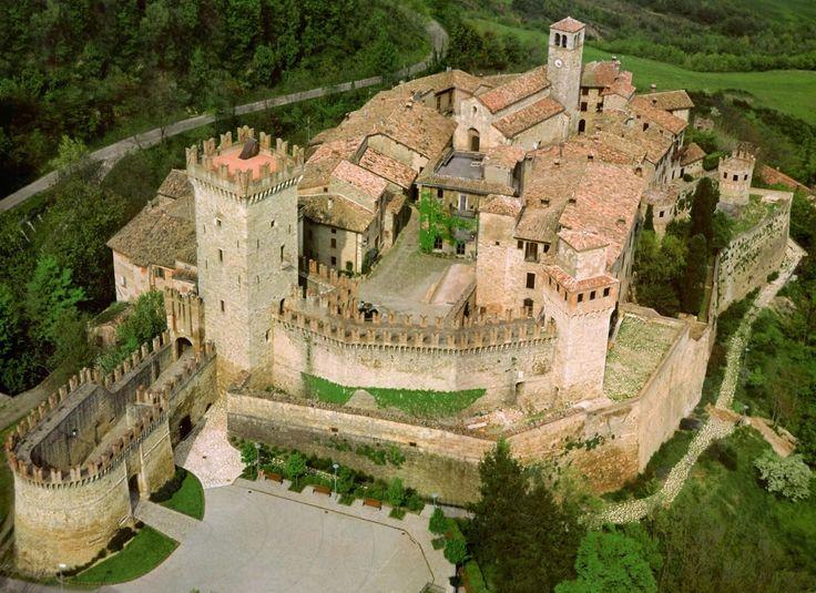 Castello di Vigoleno, Emilia-Romagna