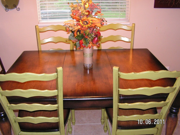 Refinished kitchen table and chairs for the home pinterest beautiful refinished table - Refinished kitchen table ...