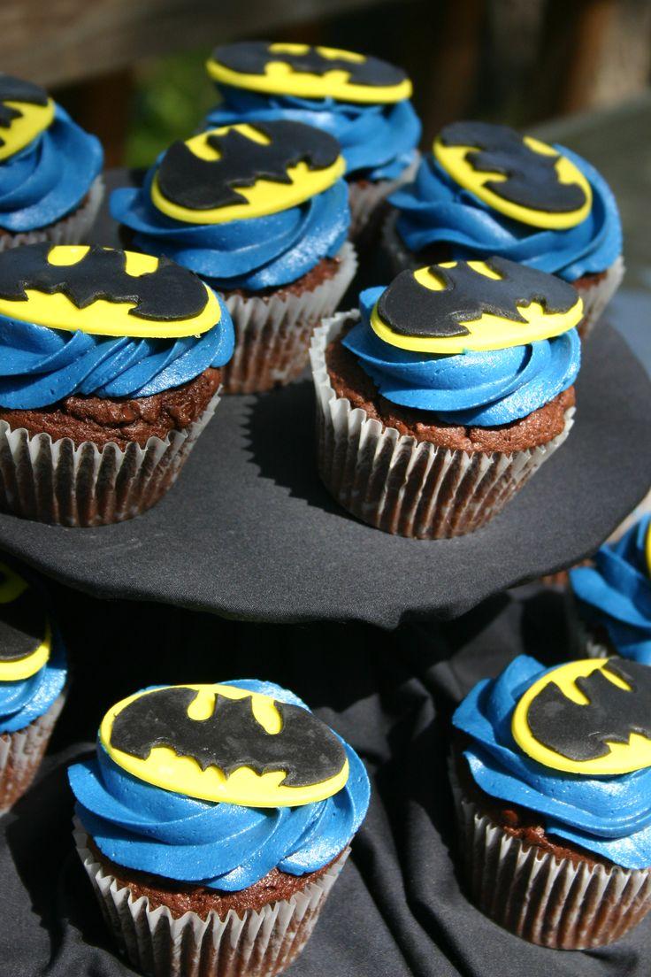 Blue yellow and black Batman logo cupcakes
