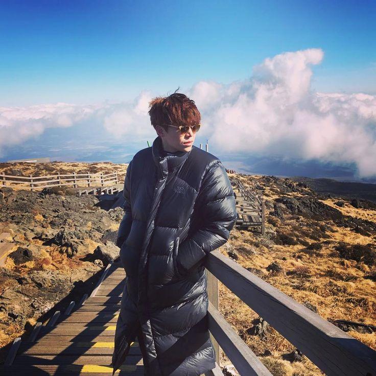 "940 Likes, 18 Comments - 박은석 Actor/Cyclist RCC#8647 (@jayten210) on Instagram: ""#노스페이스 #홍보대사인줄 #한라산 #할라마운틴 #정상 #성판악코스 #7시간왕복"""
