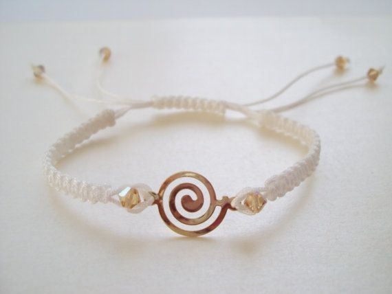 Grecian macramé bracelet in white with golden Swarovski crystals