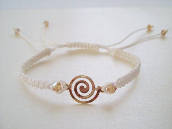Grecian macramé bracelet in white with golden Swarovski crystals