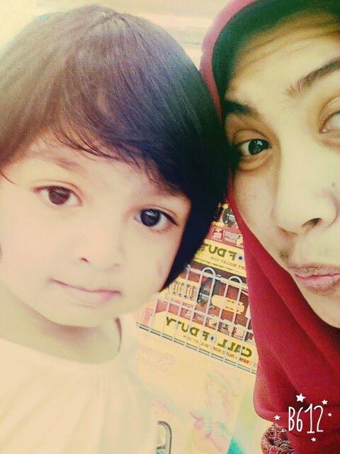 Kiandra with mommy