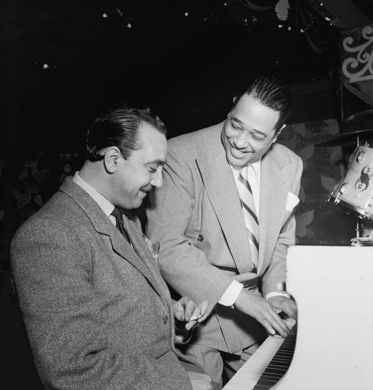 Django Reinhardt and Duke Ellington at the Aquarium, NYC, c. November 1946. Photo by William P Gottlieb