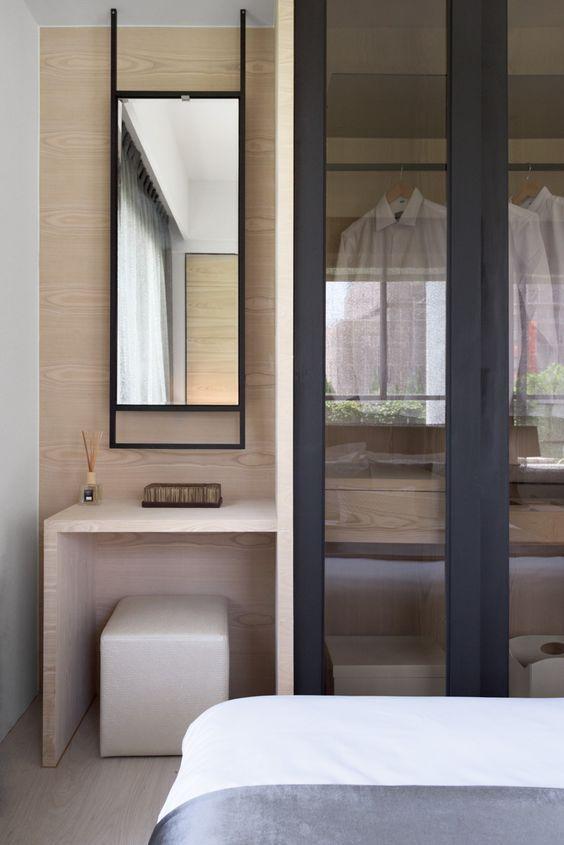 dressing room | wardrobe design | mirror