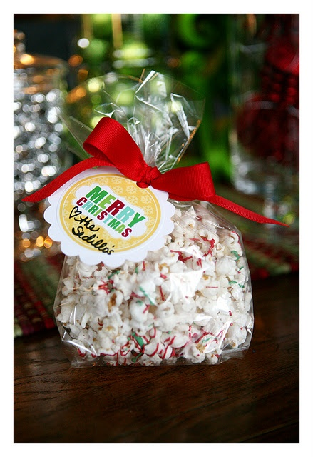 White Chocolate Popcorn -- & several other easy snack gift ideas with cute printable tags.