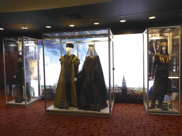 assassins+creed+film+costume+exhibit.jpg (600×448)