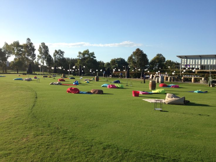 Picnic style dinner on the 1st Tee of the Golf Course at Crowne Plaza Hunter Valley