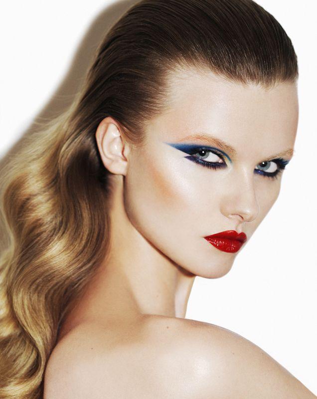 1000 id es propos de maquillage des ann es 80 sur pinterest maquillage des yeux des ann es. Black Bedroom Furniture Sets. Home Design Ideas