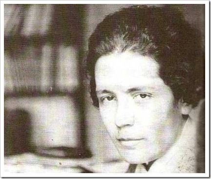 Victoria Kent Siano. Victoria Kent Siano fue una abogada y política republicana española. Fue la primera mujer en intervenir ante un consejo de guerra en España. Fecha de nacimiento: 3 de marzo de 1898, Málaga Fecha de la muerte: 1987 Perteneció al Partido Republicano Radical Socialista