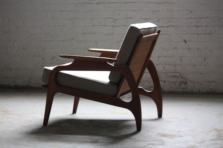 Adrian Pearsall Mid-Century Modern Lounge Chair, photographed by Kenny K | Via: urbanterior #mcm #loungechair #furniture