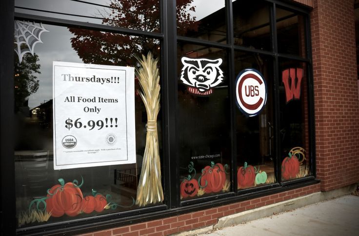 Since we will not be having our usual food specials during the #Cubs games, take advantage of our #Thursday deal today at #STATE! Get fueled up for tomorrow's game with $6.99 food with the purchase of any beverage. #BoosandBooze #Chicago #Foodies #Food #STATEChicago #LincolnPark #ThingsToDoInChicago #Deals #MealsWithDeals #Bars #Restaurants #ThirstyThursday