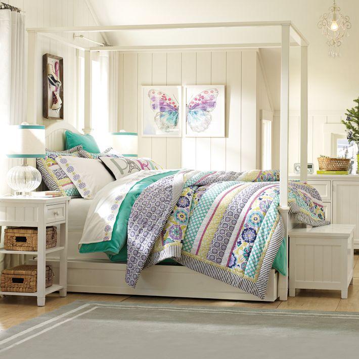 http://www.home-designing.com/wp-content/uploads/2013/02/4-teen-girls-bedroom-23.jpeg