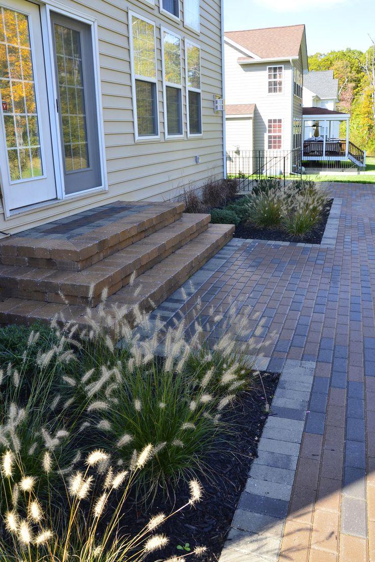 SharperCut.com   White Plains, MD; Steps Into House From Patio