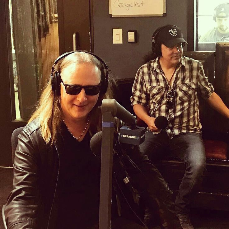 Jerry Cantrell & Mike Inez in studio on the Jason Ellis Show on Sirius XM Satellite Radio: 8/14/2017