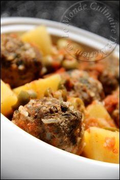 """Salem alaykoum, bonjour a tous ; L'appellation de ce plat diffère d'une région a une autre, certains l'appellent """"Dolma sardine"""" d'autres """"Tajine sardine"""", on le trouve pratiquement dans tous les pays du maghreb (nord africain). Ingrédients pour 4 a 5..."""