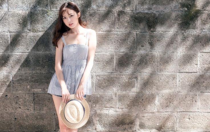 Cute Asian Girl 2048 x 1296 Link : https://toptenbeautifulwallpaper.blogspot.com - Top ten Beautiufl wallpaper