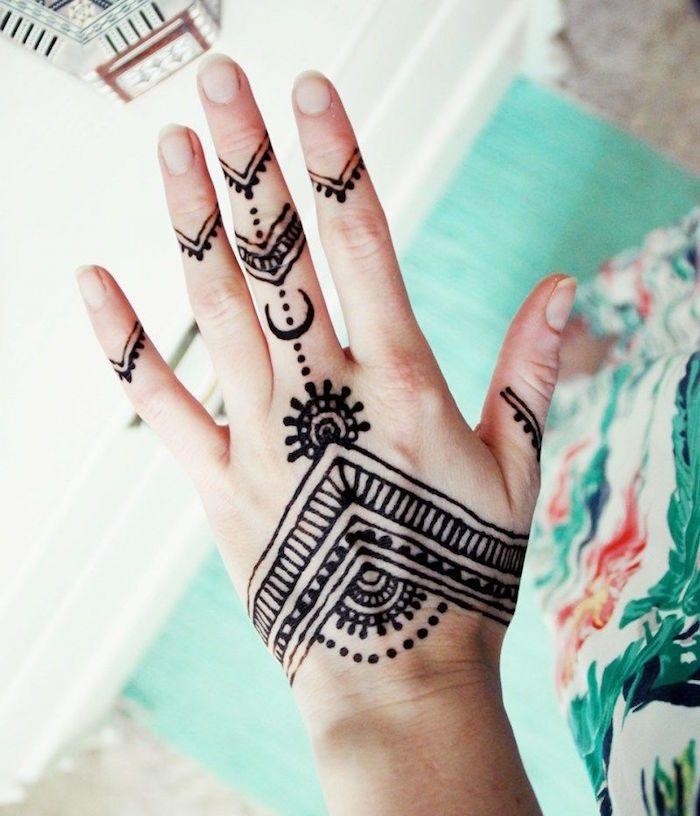 Dessin Au Henné Facile tatouage henné main – ancestral et temporaire | tattoo | pinterest
