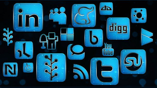 Al menos esto es lo que nos indica un estudio realizado por Adecco, que ha clasificado los canales por los que la empresa difunde sus ofertas de empleo. En concreto un 48,7% de las empresas usa las redes sociales para publicar ofertas de empleo, lo que aumenta un 20% respecto de los resultados del año anterior.