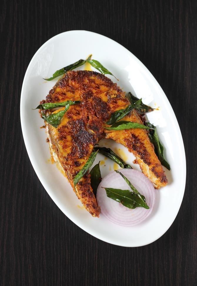 Indian fried fish recipe (andhra chepa vepudu)