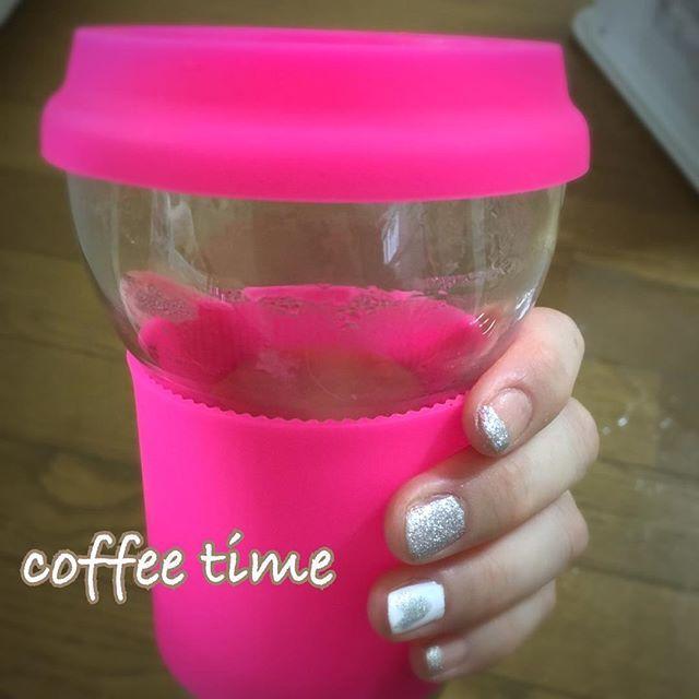 #IKEA福岡新宮 子どもはスモーランド🐞で遊べるし、GOOD👍 マグカップ買うつもりがショッキングピンクに一目惚れして#タンブラー を購入☕️しかも安い👌おうち用💁 #ショッキングピンク #セルフネイル #sv002 #nailholic_kose
