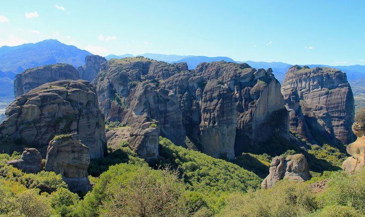 Grecja, Meteory - widok na formacje skalne