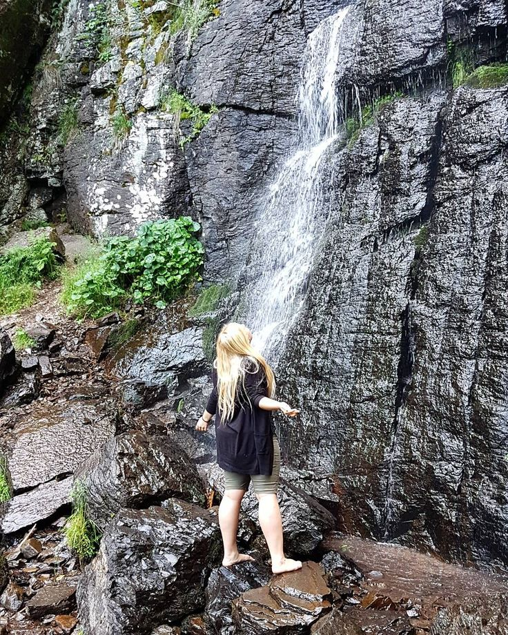 Domčurička Králiková (@domcuricka) Freedom. #freedom #waterfall #polana #perfectpics #nature #natureart #peace #beatiful #slovakia #slovakmountains #beautifulwaterfall #enjoyfreedom #perfectday #climbing #naturelover #woods #forest #pinit #follow #inspiration #vacay #summer #trip #slovaktrip #beautifulslovakia