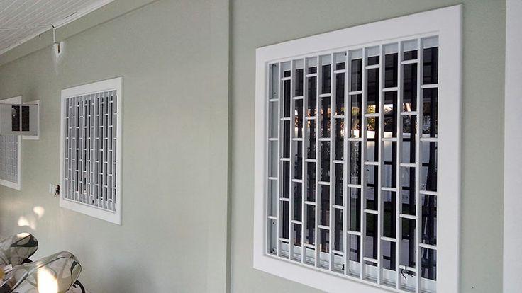 Janelas residenciais com grades de aço para janelas