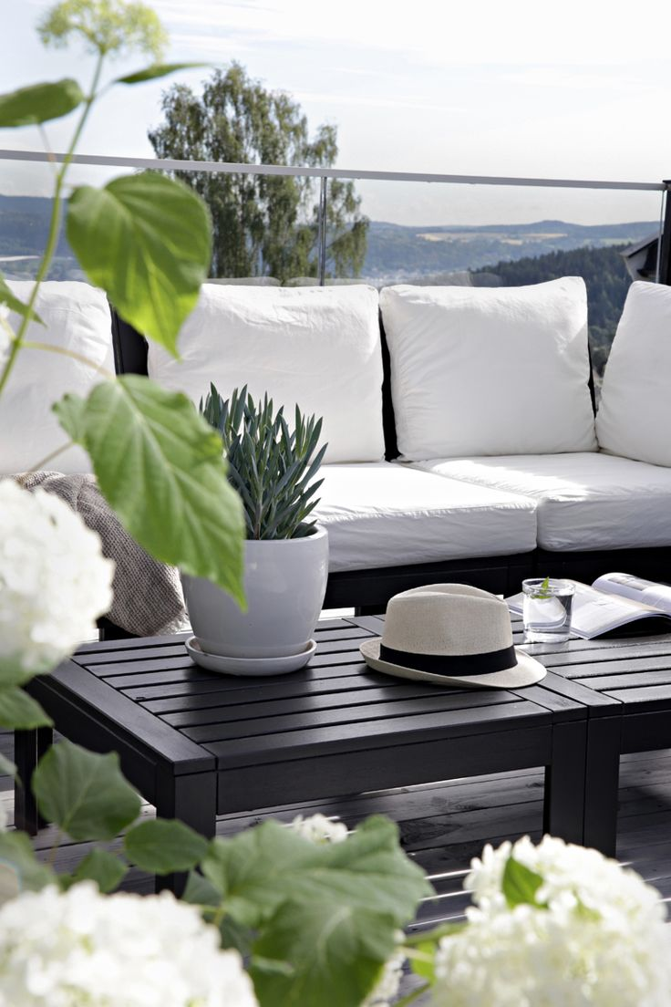 Outdoor sofa on budget - before & after | Stylizimo